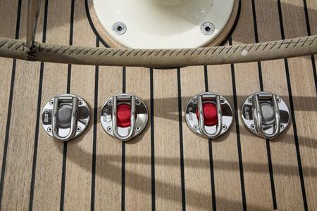 foot op bow thruster